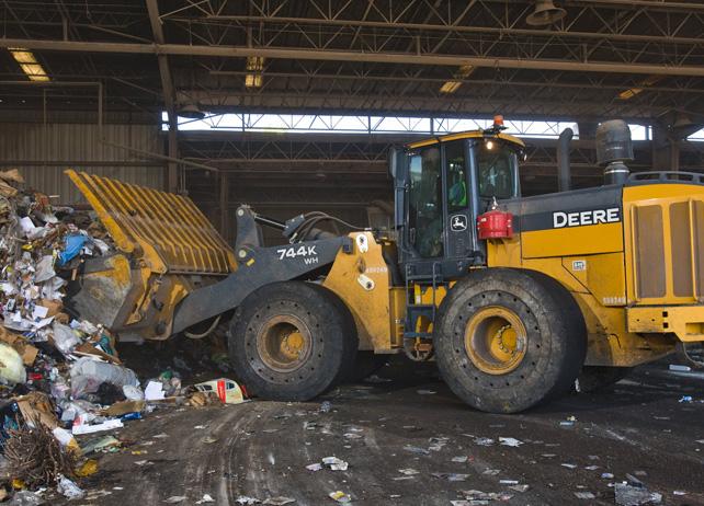 John Deere Waste Equipment 724K WH