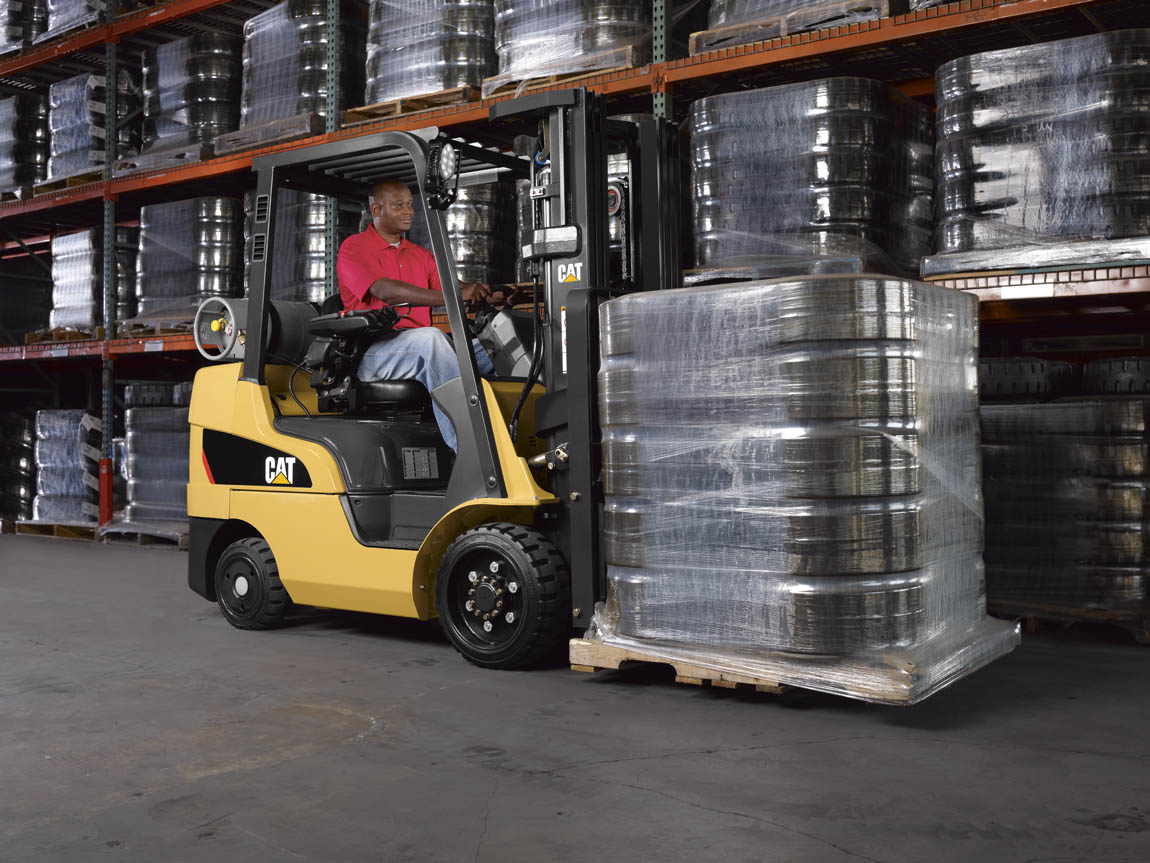 cat lift trucks lp gas cushion tire 2cc4000