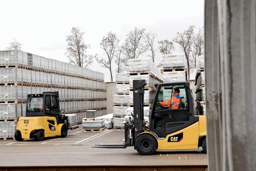 cat lift trucks pneumatic tire 2ep8500