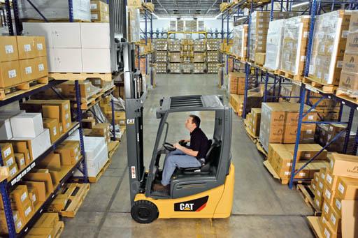 cat lift trucks wheel pneumatic tire 2etc3000